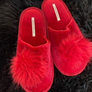 Victoria's Secret Bedroom Slipper Size Mesium